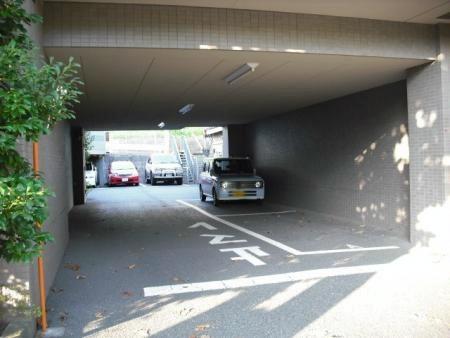たまプラーザガーデンハウス 駐車場