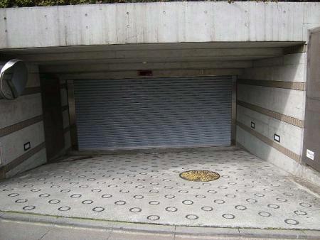ディアナコート目黒洗足 駐車場