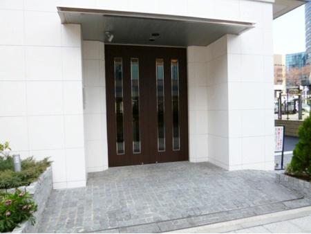 D'クラディア新横浜プラチナソリッド エントランス
