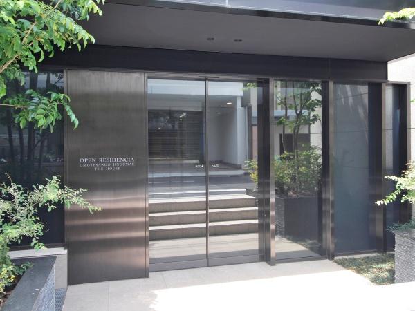 オープンレジデンシア表参道神宮前ザ・ハウス エントランス