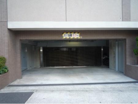 グランフラッツ文京・千石 駐車場