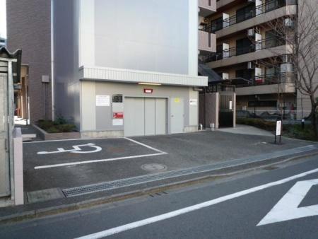 ダイアパレス町田中町 駐車場