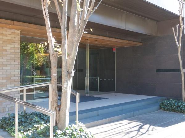 プラウド小金井桜町 エントランス
