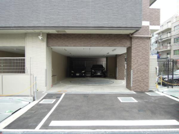 ライオンズ大阪天満の杜 駐車場