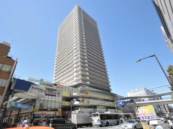 横浜ヘリオスタワー 外観