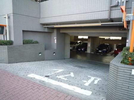 クレアホームズ平和台 駐車場