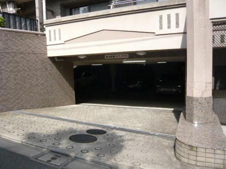 ライオンズガーデン哲学堂 駐車場