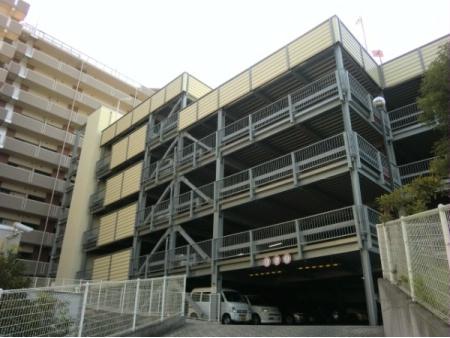 ロータリーパレス藤沢 駐車場
