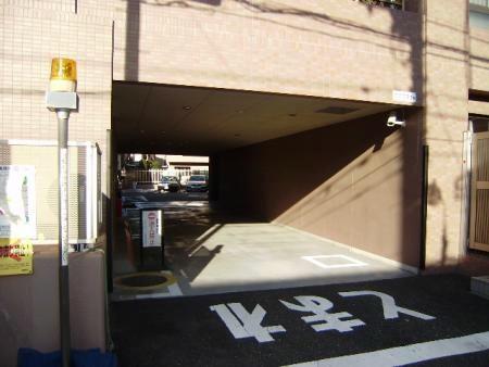 ライオンズステージ目黒本町 駐車場
