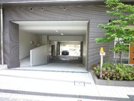 クオリア広尾 駐車場