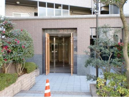 サーパス豊中本町駅前 エントランス