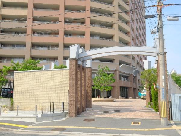 マスターズゲート吹田片山公園 エントランス